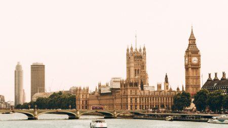 Новая балльная иммиграционная система Великобритании: чего ожидать?